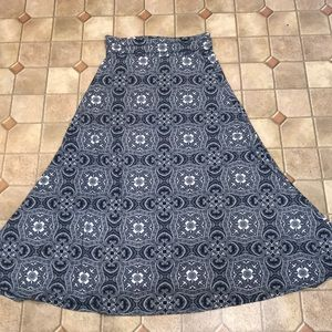 Lularoe boho maxi skirt Medium blue white